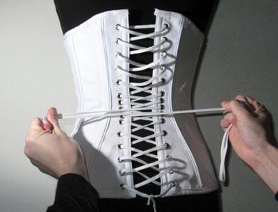corsage schnüren